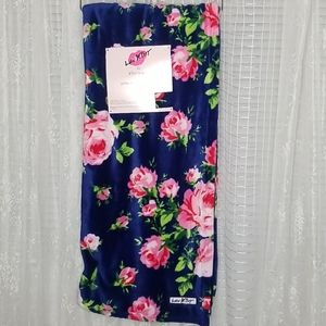 NWT Betsey Johnson French Floral Blanket